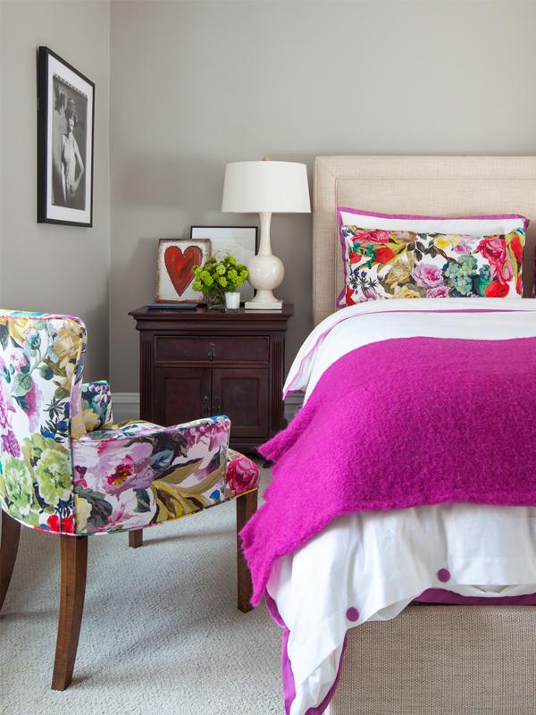 guest bedroom orangerie