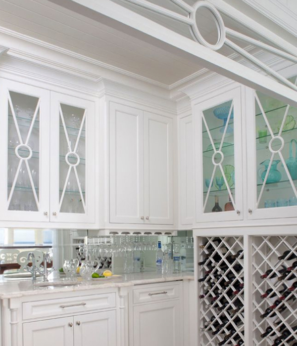 bar and transom detail